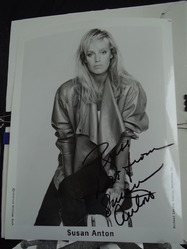 Anton, Susan - authentic autograph