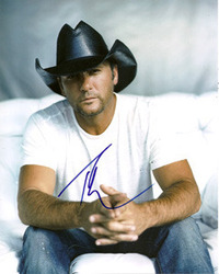Tim McGraw signed 10x8 photo.