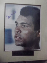 Ali, Muhammad - A - authentic autograph