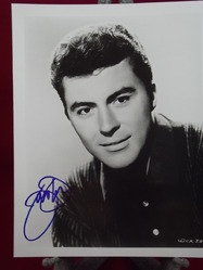 James Darren a