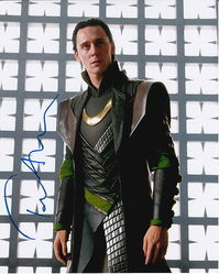 Tom Hiddleston Autograph LOKI signed in person 10 x 8 photo
