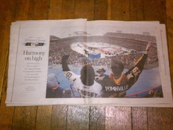 The center-fold of the Winter Classic edition