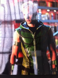 Justin Hartley Signed 'Green Arrow' in Smallville 10x8 Photo