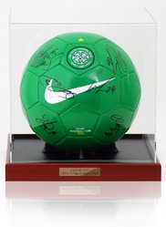 CELTIC 2011/12 Squad Hand Signed Football Ball