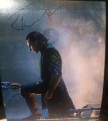 Tom Hiddleston Signed Loki in The Avengers 10x8 Photo