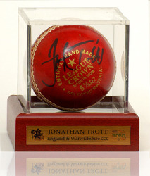 Jonathan Trott 'HAND SIGNED' Cricket Ball