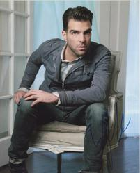 Zachary Quinto AUTOGRAPH Posed SIGNED IN PERSON 10x8 photo