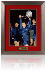 Manchester United 68 European Cup Final photo signed by 5