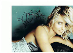 Cameron Diaz Autograph signed in person 10 x 8 photo