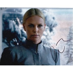 Charlize Theron AUTOGRAPH Prometheus SIGNED IN PERSON 10x8 Photo