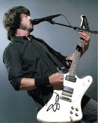 Dave Grohl Signed 10x8 photo