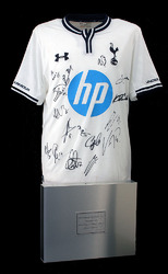 Tottenham 2013/14 Squad Hand Signed Home Shirt