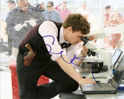 Matthew Gray Gubler signed 10x8 photo