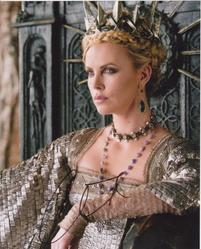 Charlize Theron Autograph Snow White & The Huntsman Signed In Person 10x8 Photo