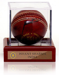 Ishant Sharma hand signed Cricket Ball