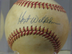 Hoyt Wilhelm signed ball