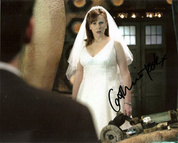 Catherine Tate signed 10x8 photo.