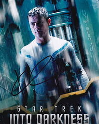 Karl Urban Autograph Star Trek Into Darkness signed in person 10 x 8