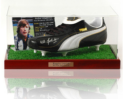 Willie Johnston hand signed Football boot presentation