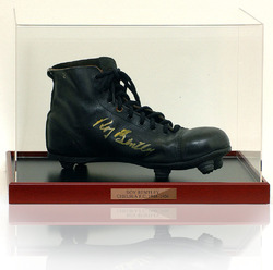 Roy Bentley signed 1950's Boot