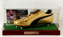 Frank McAvennie hand signed Football Boot Display