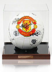 Official Manchester United 2002/03 Squad Hand Signed Ball Football