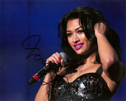 Vanessa White signed 10x8 photo.