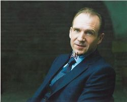 Ralph Fiennes Autograph SKYFALL 007 signed in person 10x8 photoRalph Fiennes Autograph SKYFALL 007 signed in person 10 x 8 photo