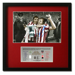 Denis Tueart hand signed Sunderland 1973 FA Cup Final presentation