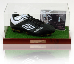 Billy Bonds hand signed West Ham United Football boot presentation.