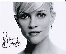 Reese Witherspoon Autograph signed in person 10 x 8 photo