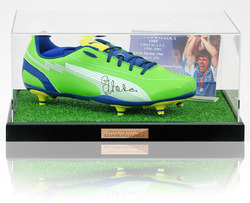 Gianfranco Zola hand signed Chelsea F.C. Football Boot presentation.
