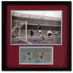 The Moment West Ham won the FA Cup Final 1964 Hand Signed by Ronnie Boyce