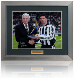 Gary Speed Photo Hand Signed by Bobby Robson