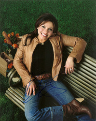 Rachael Ray signed 10x8 photo.