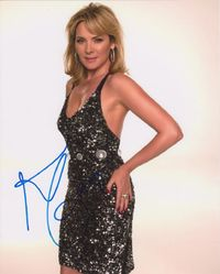 Kim Cattrall AUTOGRAPH Sex In The City SIGNED IN PERSON 10x8 photo