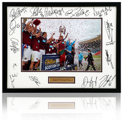 HEART OF MIDLOTHIAN Scottish Cup Hand Signed 16x12 Presentation