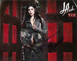 Kat Von D signed 10x8 photo.