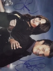 Fillion, Nathan & Katic, Stana authentic autographs Castle