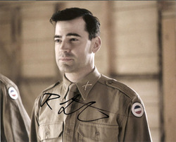 Ron Livingston signed 10x8 photo