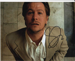Gary Oldman Autograph LEON signed in person 10x8 photo
