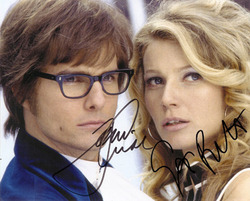 TOM CRUISE AND GWYNETH PALTROW SIGNED PHOTO.