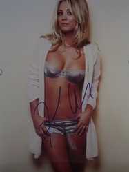Cuoco, Kaley - authentic autograph - The Big Bang Theory