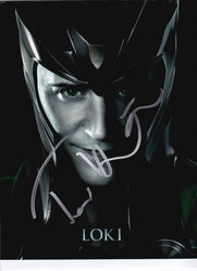 Tom Hiddleston Signed Loki 10x8 Photo