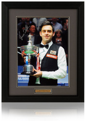 "Ronnie O'Sullivan hand signed 16x12"" Snooker photograph"