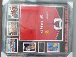 Manchester United 1999 signed Treble winners shirt