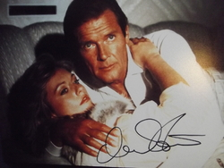 Stavin, Mary - 007  Bond's 'A View To A Kill'. - authentic autograph - UACC Reg. Dealer #251