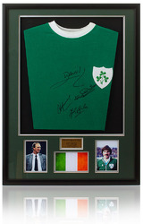 Retro Eire Republic of Ireland Hand Signed Football Shirt