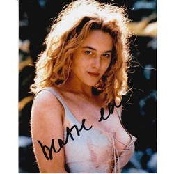 Beatie Edney Autograph Highlander Signed In Person 10x8 photo