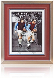 Jimmy Greaves & Geoff Hurst hand signed photograph